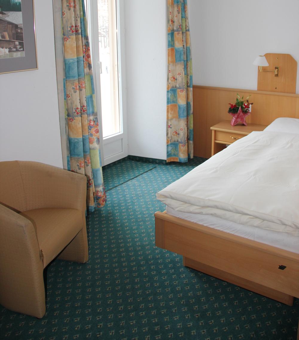 hotel_portjengrat_saas_almagell_einzelzimmer_1